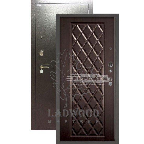 Стальная дверь БЕРЛОГА Чикаго Венге
