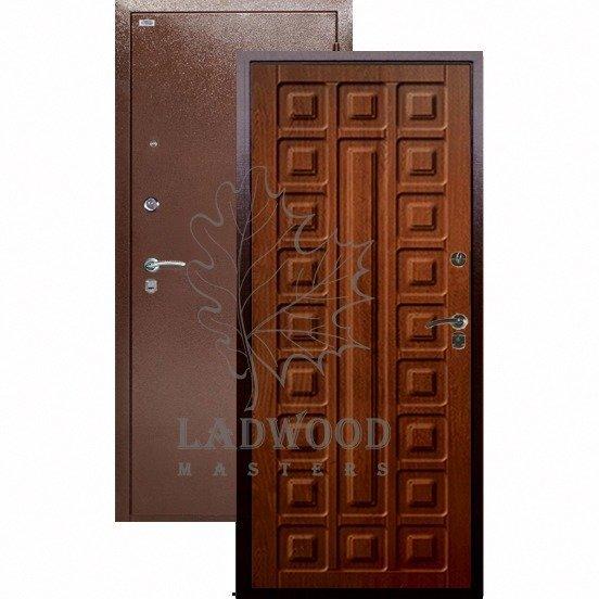 Входная дверь Берлога Оптима Сенатор Дуб Рустикальный