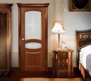 Межкомнатные двери Аргус из массива